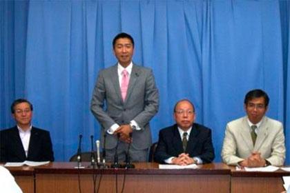参議院大阪選挙区候補として立候補を発表した記者会見